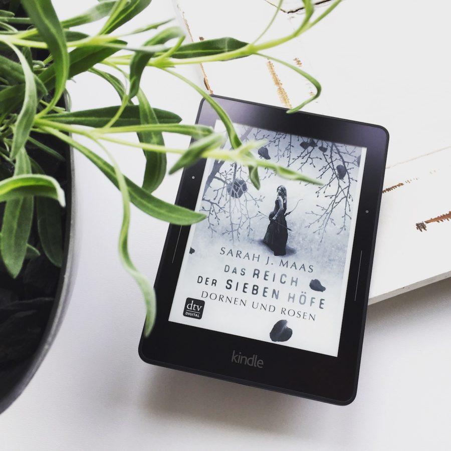 Bookstagram - Sarah J. Maas - Das Reich der sieben Hoefe. Dornen und Rosen
